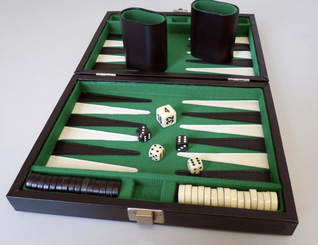 Spil Backgammon Online